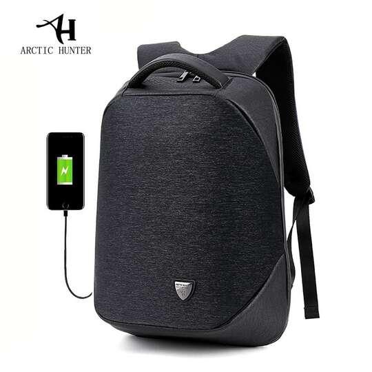 "Plecak Arctic Hunter na laptopa 15,6"" B00193 z USB - Kolor: czarny"