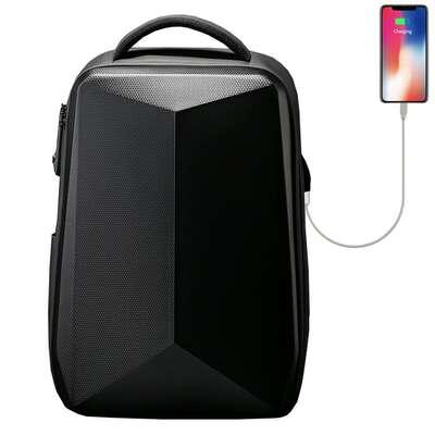 """Antykradzieżowy plecak FRN5132 dwukomorowy na laptopa 17,3"""" z USB"""