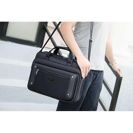 Klasyczna torba na laptopa 19