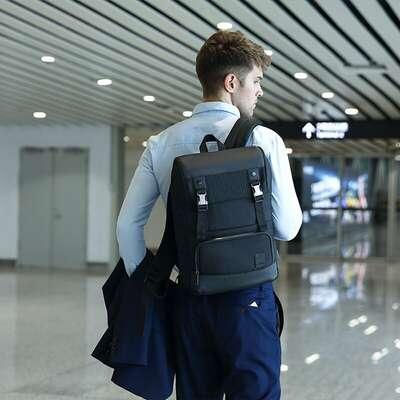 """Plecak Arctic Hunter B00361 na laptopa 15,6"""" z USB"""
