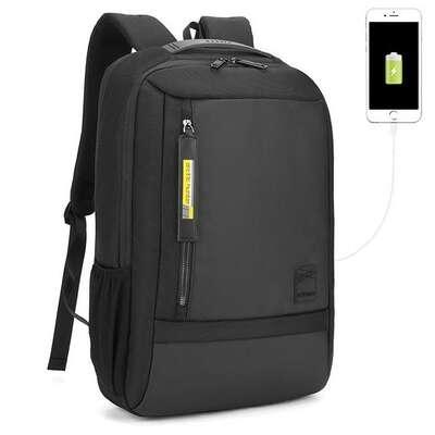"""Plecak Arctic Hunter na laptopa 15,6"""" B00357 z USB"""