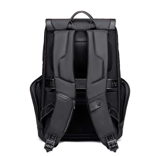 """Plecak Arctic Hunter na laptopa 15,6"""" B00428 z USB"""