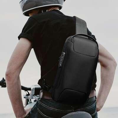 Plecak miejski Bamge na jedno ramię antykradzieżowy z organizerem i USB BG-22085