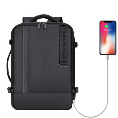 "Plecak/torba Arctic Hunter na laptopa 15,6"" B00351 z USB i RFID"