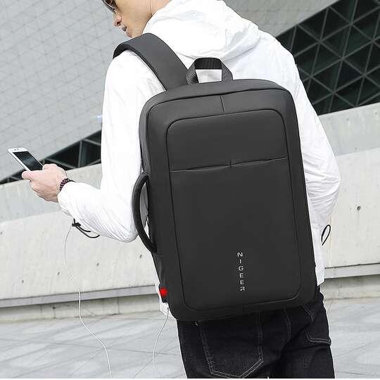 """Plecak/torba Nigeer na laptopa 17,3"""" 1810 z USB"""