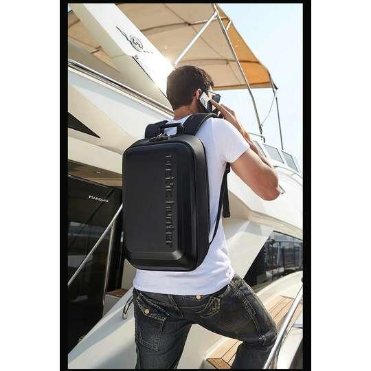 "Plecak Arctic Hunter twarda skorupa na laptopa 15,6"" B00451 z organizerem"